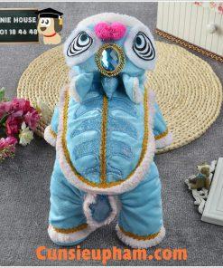 Junie House chuyên cung cấp các loại quần áo phụ kiện cho chó mèo như: đồ tết cho chó mèo, đồ lân chuông cho chó mèo ... Hotline 0901184648